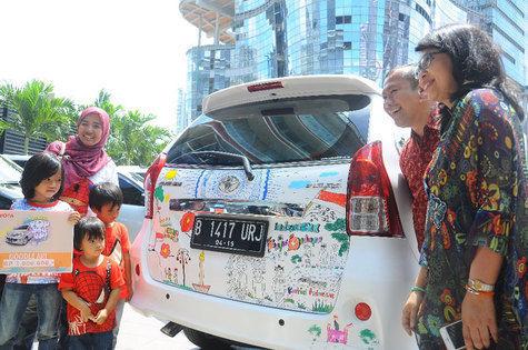 pabrik bmw di indonesia html with Berita 405 Memodifikasi Avanza Tanpa Menghilangkan Klaim Asuransi on Bmw Europe Asia Young Leaders Forum Ke 10 Digelar Di Jakarta in addition 4 Jual New Toyota Avanza Harga Murah Promo Dealer Resmi Jakarta together with Menengok Perakitan Mobil Bmw Seri 3 008 Mudasir further Navrh Nove Koncepce Klecove Technologie Pro Chov Nosnic additionally 20121004140336 Menengok Perakitan Mobil Bmw Seri 3 007 Mudasir.